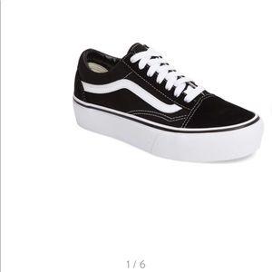New in box Vans platform old skool sneakers